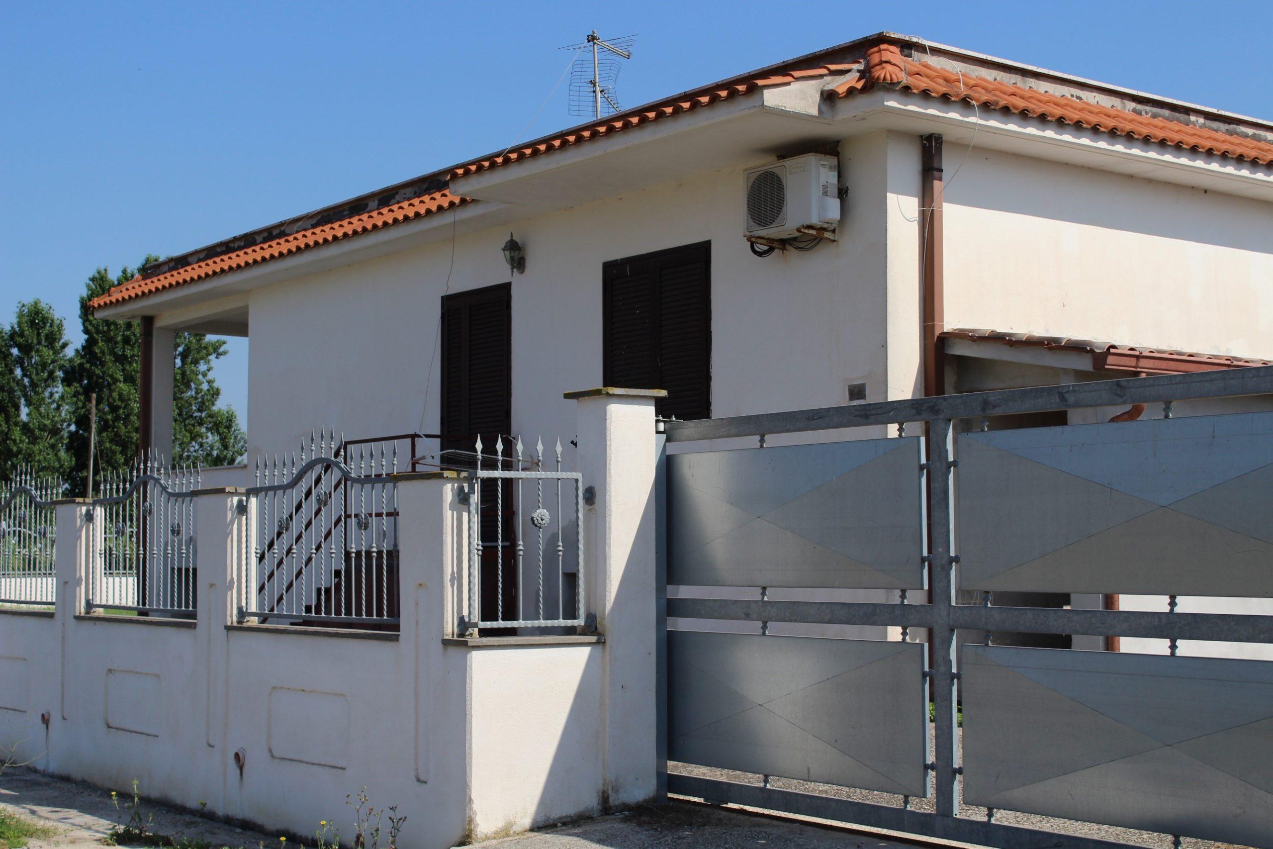Villa in Via dei Cinque Archi, 18